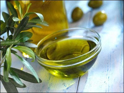 Golocalprov Olive Oil Offers Breast Cancer Survivors A Surprising Benefit
