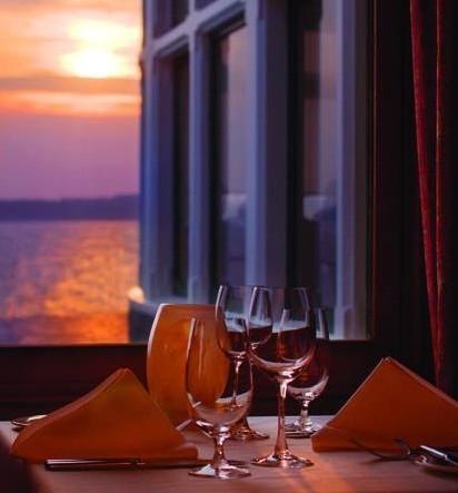 Golocalprov Rhode Island S Most Romantic Restaurants