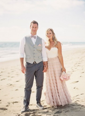 Golocalprov newport manners etiquette todays nontraditional wedding couples are bending the rules of etiquette and doing it their way questions galore about slipping dress codes bridal registries and inviting junglespirit Choice Image