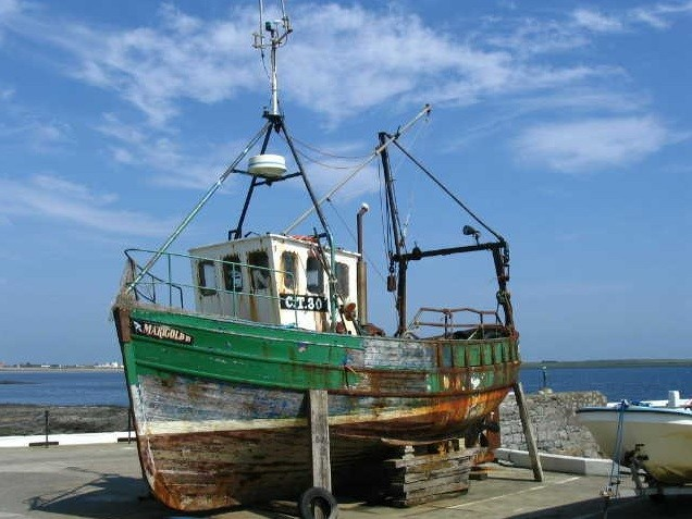 Golocalprov ri fishing industry faces extinction under for Rhode island fishing regulations